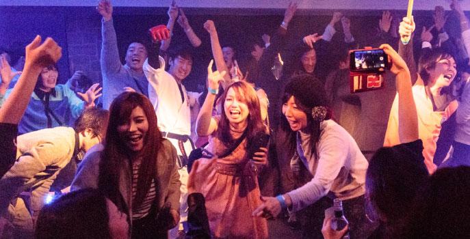 岡山市内 パーティ マグリット ウェディング 結婚周年記念 お誕生会 忘年会・新年会 還暦 法事 お食事会 同窓会 サークルの集い ライブコンサート